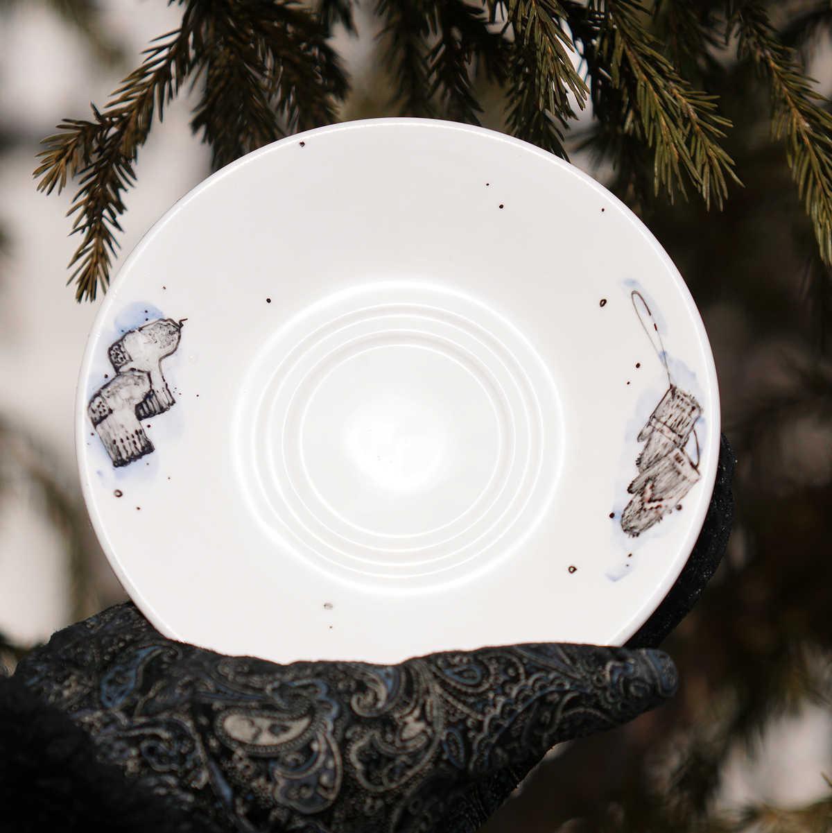 Blyudce forfor 300x300 - Самые интересные подарки из Сибири: где их искать?